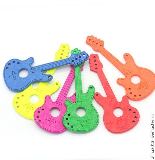 Пуговицы деревянные Гитара