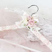 """Свадебный салон ручной работы. Ярмарка Мастеров - ручная работа """"Розовая изящность"""" плечики для свадебного платья. Handmade."""