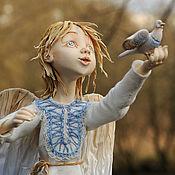 """Куклы и игрушки ручной работы. Ярмарка Мастеров - ручная работа """"Ангел с птичкой - лети домой"""""""". Handmade."""