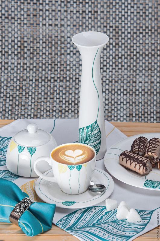 Фарфоровая чайная пара малая. Чашка в подарок. Шары. Оригинальная, дизайнерская фарфоровая посуда станет прекрасным подарком на свадьбу и новоселье. Чашка в подарок. Необычная чашка с блюдцем