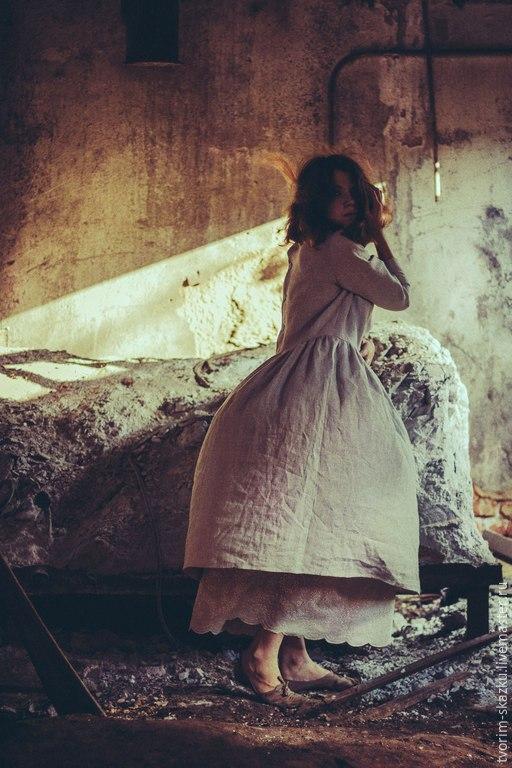 """Платья ручной работы. Ярмарка Мастеров - ручная работа. Купить Платье """"Танго шелкопряда"""". Handmade. Серый, вышитое платье, мулине"""