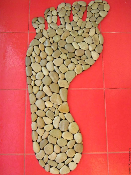 Каменный коврик `Стопа` Размер 50Х130 см. Цена 9000 руб.