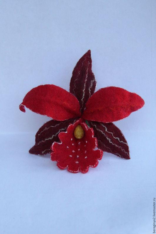 Броши ручной работы. Ярмарка Мастеров - ручная работа. Купить Орхидея модница. Handmade. Ярко-красный, валяная орхидея