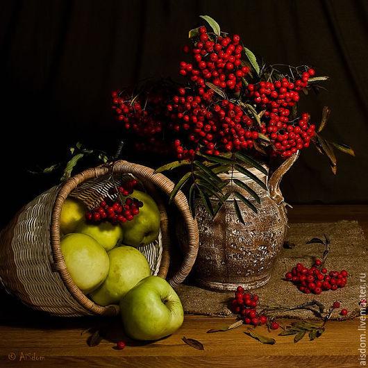 """Фотокартины ручной работы. Ярмарка Мастеров - ручная работа. Купить Фотокартина """"Антоновские яблоки"""", квадрат.. Handmade. Коричневый, яблоки, Рябина"""