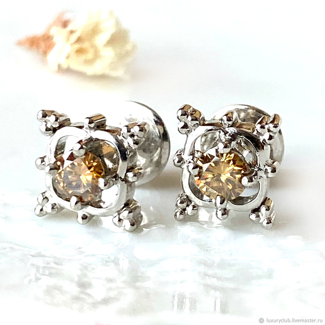 Buy 'Hypnosis' poussettes with diamonds on screws, Stud earrings, Tolyatti,  Фото №1