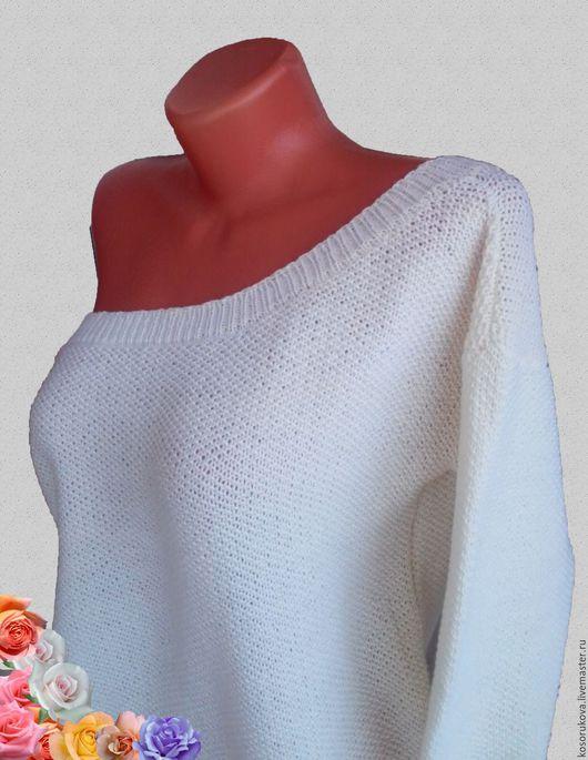 Кофты и свитера ручной работы. Ярмарка Мастеров - ручная работа. Купить Свитер в стиле oversize с открытым плечом. Handmade. Бежевый