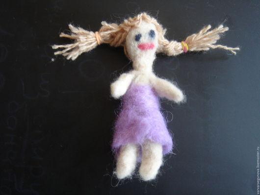 """Человечки ручной работы. Ярмарка Мастеров - ручная работа. Купить Кукла """"Моя маленькая подружка"""". Handmade. Валяная кукла"""