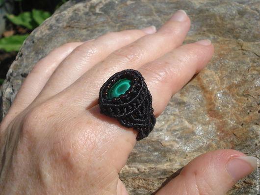 """Кольца ручной работы. Ярмарка Мастеров - ручная работа. Купить Кольцо с малахитом """"Око"""". Handmade. Тёмно-зелёный, кольцо с малахитом"""