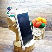 Подставки ручной работы. Ярмарка Мастеров - ручная работа Подставка под телефон из дуба. Handmade.