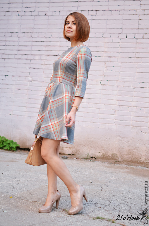 серое платье, платья, шерсть платье, платья с рукавом, платье осень, платье короткое, платье красивое, платье по фигуре, платье в клетку, платье нарядное, платье стильное, платье на зиму, платье