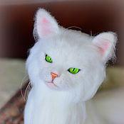 Куклы и игрушки ручной работы. Ярмарка Мастеров - ручная работа Кисуня. Белый кот.. Handmade.