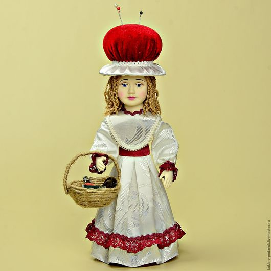 Кукла игольница аксессуар в подарок ручной работы для рукоделия материалы для шитья. Мастерская Кукла в подарок. Доставка по Москве и в регионы России.