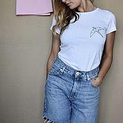 Одежда handmade. Livemaster - original item T-shirt women`s white classic cut with geometric print. Handmade.