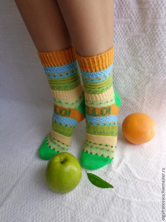 Носки, чулки ручной работы. Носки вязаные. Носочки вязаные «HELLO!» из коллекции «Подарки». Olgafrancesca . Ярмарка мастеров.