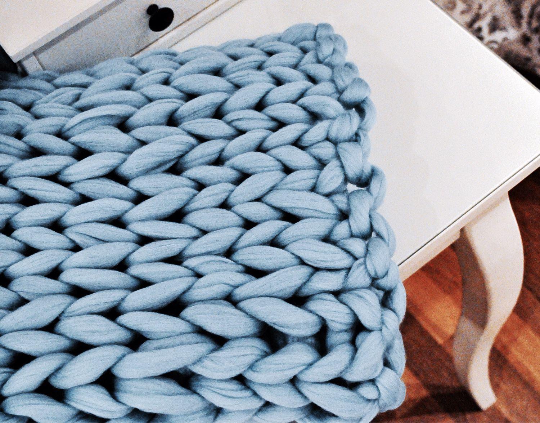 Вязание шарфа из помпонов