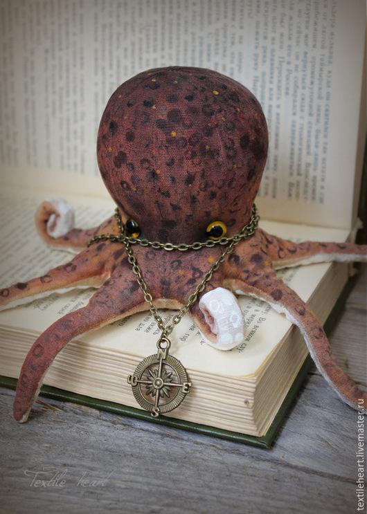 Игрушки животные, ручной работы. Ярмарка Мастеров - ручная работа. Купить Octopus burgundy.... Handmade. Бордовый, авторская ручная работа