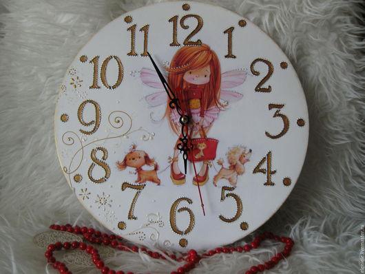 Часы для дома ручной работы. Ярмарка Мастеров - ручная работа. Купить Часы Феечка-модница (2 варианта). Handmade. Белый