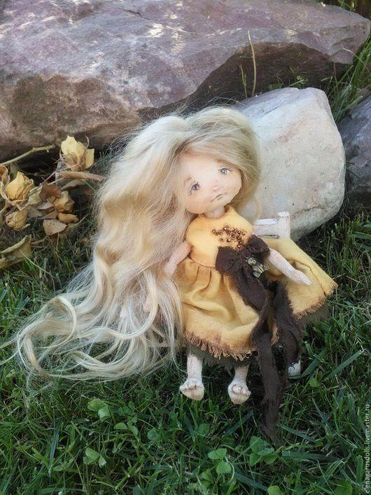 Коллекционные куклы ручной работы. Ярмарка Мастеров - ручная работа. Купить кукла из ткани. Handmade. Желтый, кукла из ткани