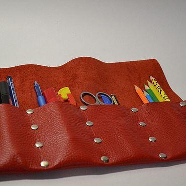 Канцелярские товары ручной работы. Ярмарка Мастеров - ручная работа Пенал из натуральной кожи. Handmade.