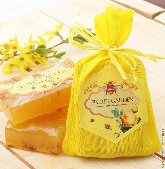 """Мыло ручной работы. Ярмарка Мастеров - ручная работа. Купить Глицериновое мыло с нуля """"Мёд и шафран"""". Handmade. Оранжевый"""