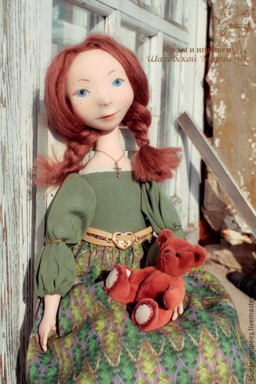 Коллекционные куклы ручной работы. Ярмарка Мастеров - ручная работа. Купить Кукла с мишкой. Handmade. Оливковый, интерьерная кукла, вискоза