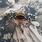 Винтаж ручной работы. Ярмарка Мастеров - ручная работа Старинная серебряная с позолотой брошь с натуральным гранатом. Handmade.
