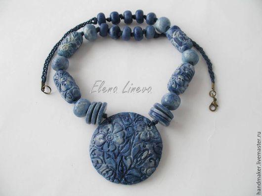Колье, бусы ручной работы. Ярмарка Мастеров - ручная работа. Купить Колье с сине-голубой эмалью, запекаемая полимерная глина. Handmade.