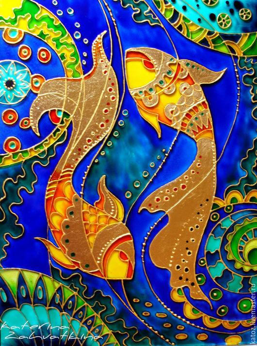 """Фантазийные сюжеты ручной работы. Ярмарка Мастеров - ручная работа. Купить Витражная картина """"В синем-синем море живут золотые рыбки"""". Handmade."""