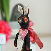 Куклы и игрушки ручной работы. Ярмарка Мастеров - ручная работа Заяц с сердечком.. Handmade.