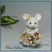 Куклы и игрушки ручной работы. Ярмарка Мастеров - ручная работа Мышка с сумочкой. Handmade.