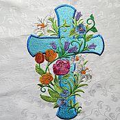 Подарки к праздникам ручной работы. Ярмарка Мастеров - ручная работа Салфетка Пасхальная Крест и весенние цветы. Handmade.