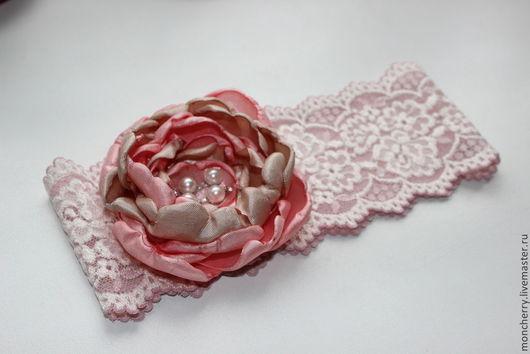 Одежда и аксессуары ручной работы. Ярмарка Мастеров - ручная работа. Купить Кремово-розовая свадебная подвязка невесты ручной работы. Handmade.