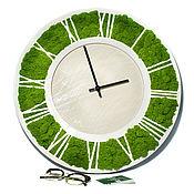 Часы классические ручной работы. Ярмарка Мастеров - ручная работа Часы из Мха. Handmade.
