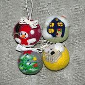 Подарки к праздникам ручной работы. Ярмарка Мастеров - ручная работа Набор елочных шаров из шерсти. Handmade.