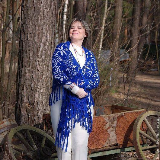 """Шали, палантины ручной работы. Ярмарка Мастеров - ручная работа. Купить Шаль синяя  """"Магия цвета""""  чистошерстяная. Handmade. Шаль"""