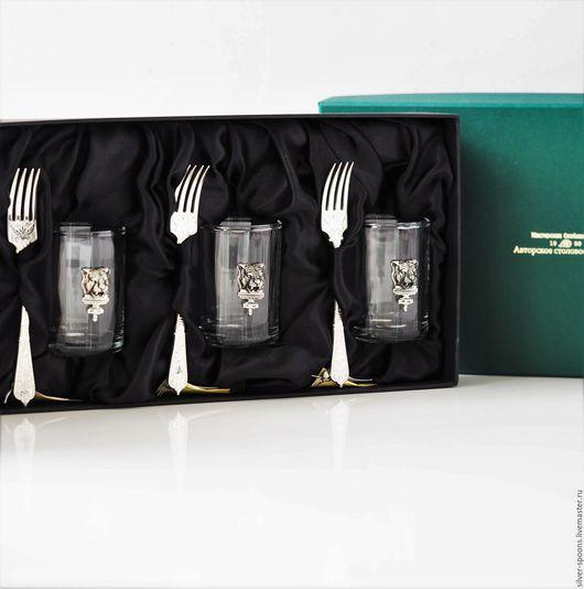 Подарки для мужчин, ручной работы. Ярмарка Мастеров - ручная работа. Купить ТИГР набор на троих (3 стопки с тигром + 3 вилки закусочных АМПИР). Handmade.