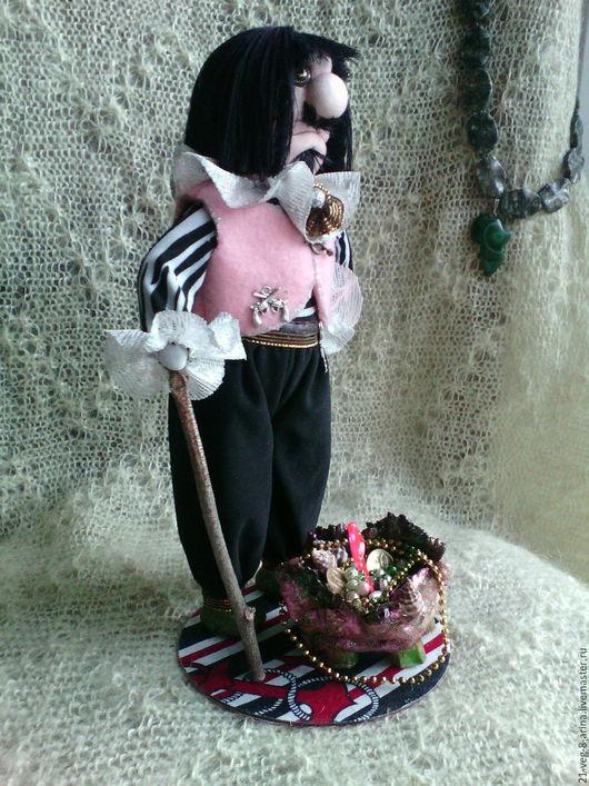 Коллекционные куклы ручной работы. Ярмарка Мастеров - ручная работа. Купить Пират покоритель морей. Handmade. Чёрно-белый, пираты
