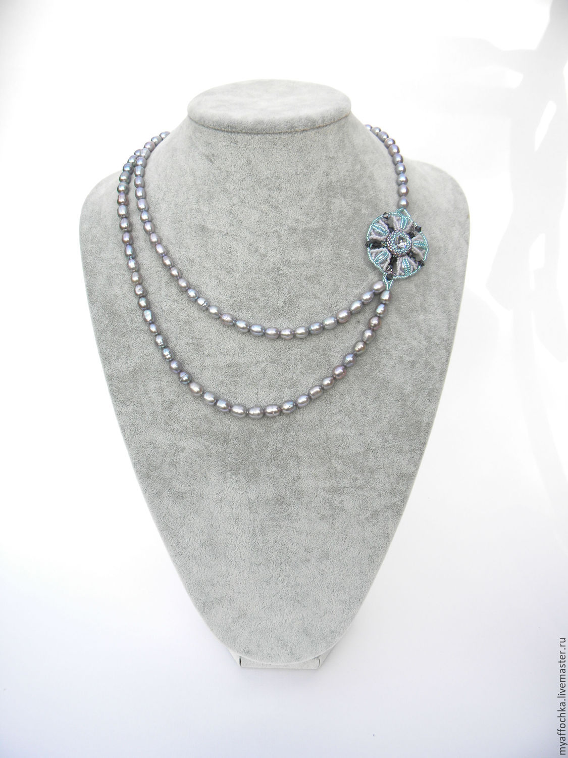 asymmetrical necklace pearl dew from japanese beads, freshwater pearls gray color with shimmer and crystal and bicone swarovski (swarovski).