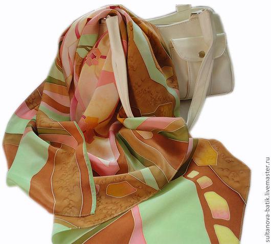 """Шали, палантины ручной работы. Ярмарка Мастеров - ручная работа. Купить платок батик """"Каменный цветок"""". Handmade. Салатовый"""