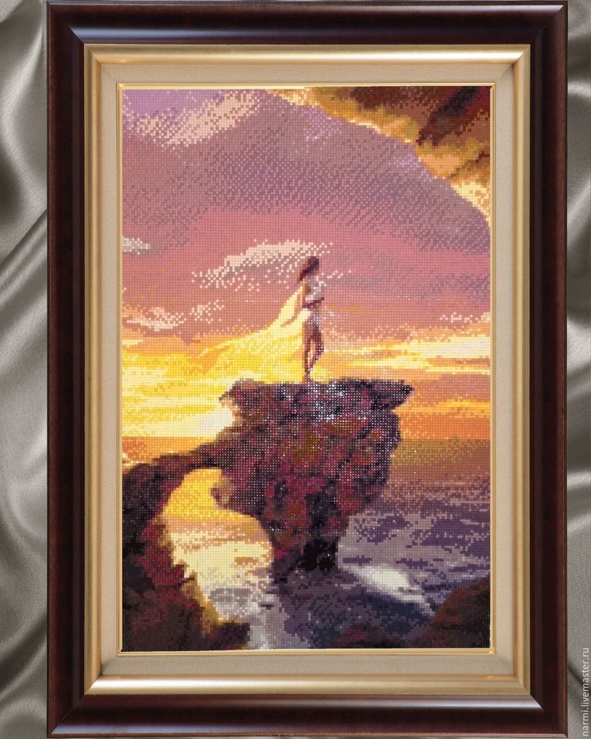 Alone with the sea diamond painting
