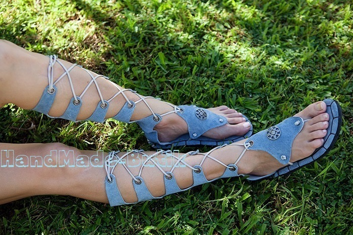 Sandals is sitting on your leg and fastened with a convenient zipper closure and lace-up closure,which allows you to highlight any bending.