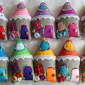 Аксессуары handmade. Livemaster - original item Souvenir on Easter, House of felt, pincushion12cm pendant. Handmade.