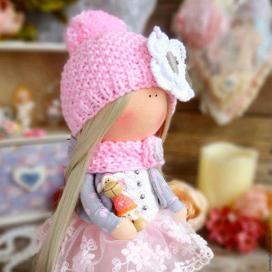 Человечки ручной работы. Ярмарка Мастеров - ручная работа. Купить Мерри Текстильная интерьерная кукла. Handmade. Розовый, кукла, бусины