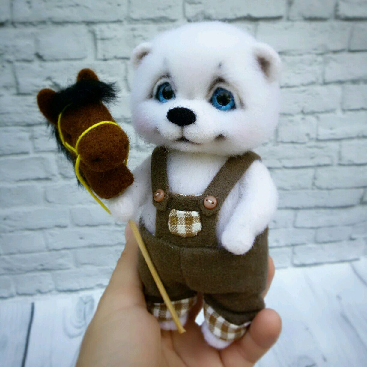 White Bear with toy horse felted wool, Felted Toy, Volgograd,  Фото №1
