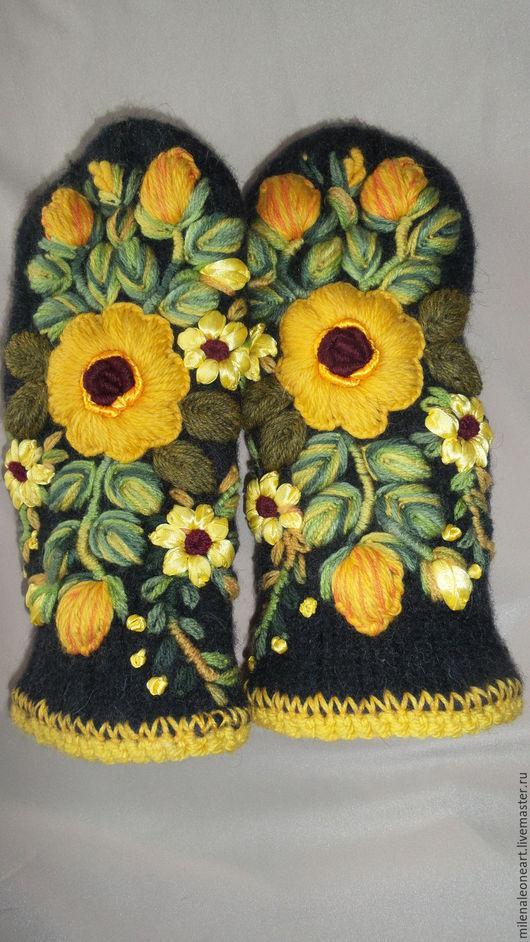 Варежки, митенки, перчатки ручной работы. Ярмарка Мастеров - ручная работа. Купить Варежки с объемной вышивкой  Роза Чайная. Handmade.