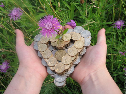 Подсвечник из монет «Два сердца бьются вместе»