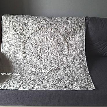 """Текстиль ручной работы. Ярмарка Мастеров - ручная работа Белое, стеганое, детское, фамильное покрывало-одеяло """"С"""". Handmade."""