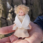 Куклы и игрушки ручной работы. Ярмарка Мастеров - ручная работа Миниатюра Маруся и Ангел. Handmade.