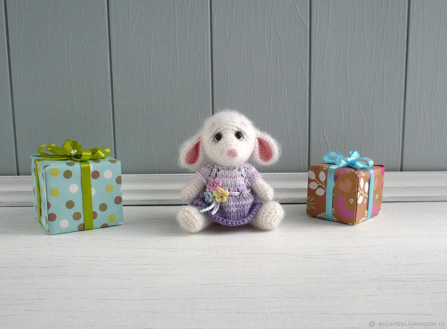 Вязаная мышка в платье Игрушка для ребенка Сувенир ручной работы, Мини фигурки и статуэтки, Нижний Тагил,  Фото №1