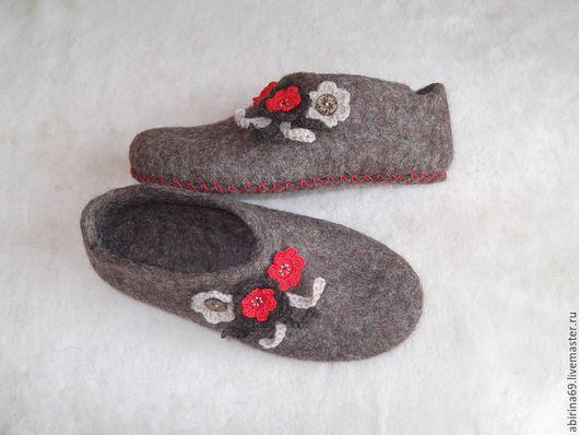 """Обувь ручной работы. Ярмарка Мастеров - ручная работа. Купить Тапочки валяные женские """"Уютные II"""" Эко-серия. Handmade."""